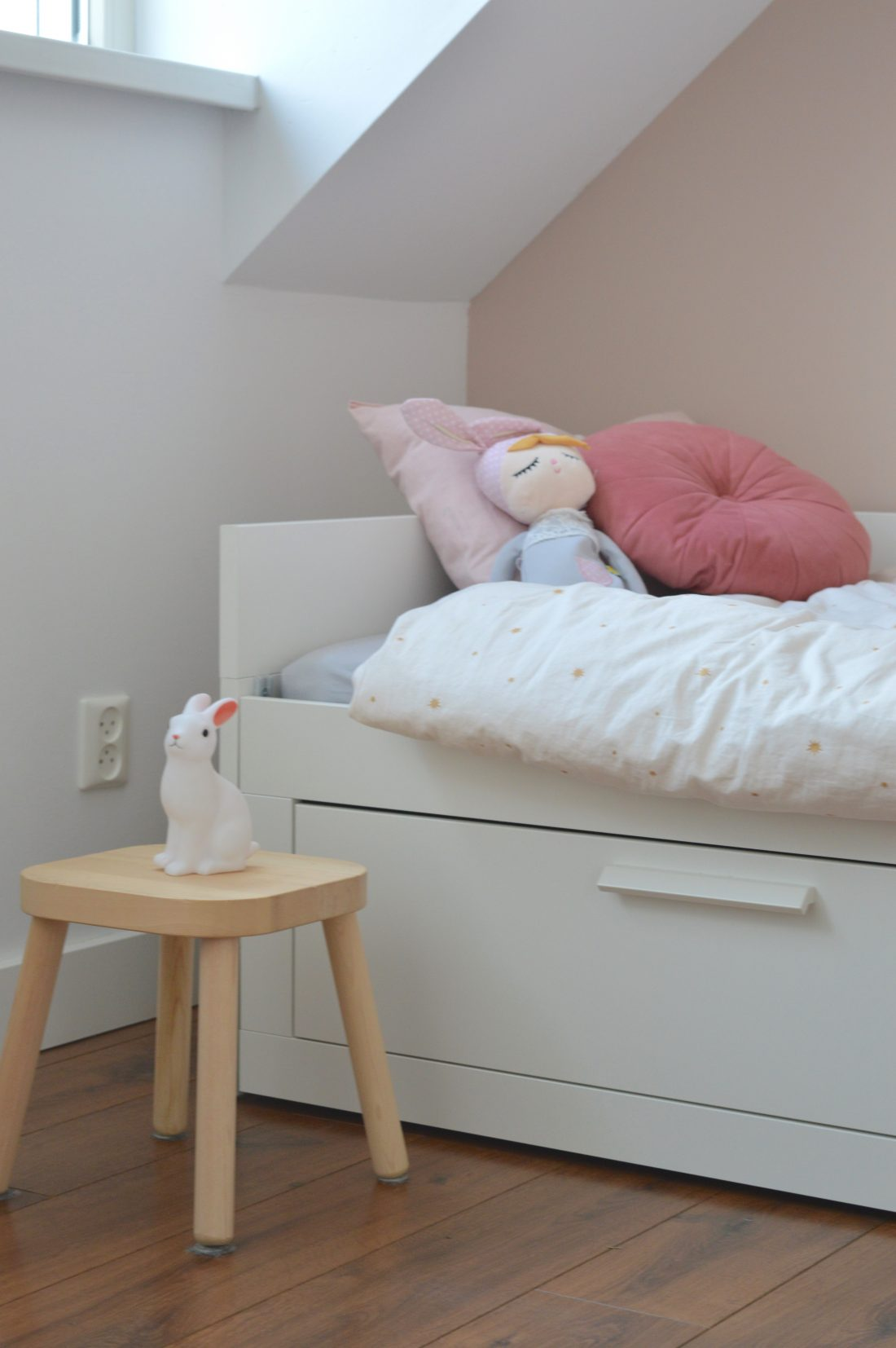 Groot Bed Kopen.Een Peuterkamer Met Een Groot Bed L Eeffstijl